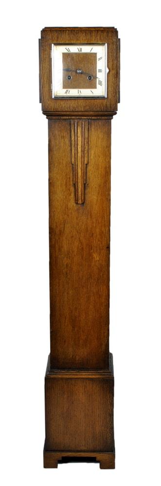 Фото категории Старинные часы на пол с боем