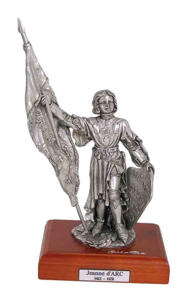 Фото категории Коллекционные статуэтки известных людей