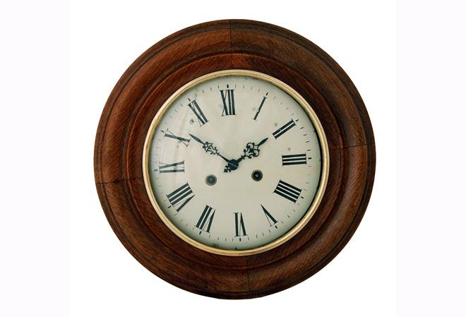 Фото категории Старинные настенные часы рабочие