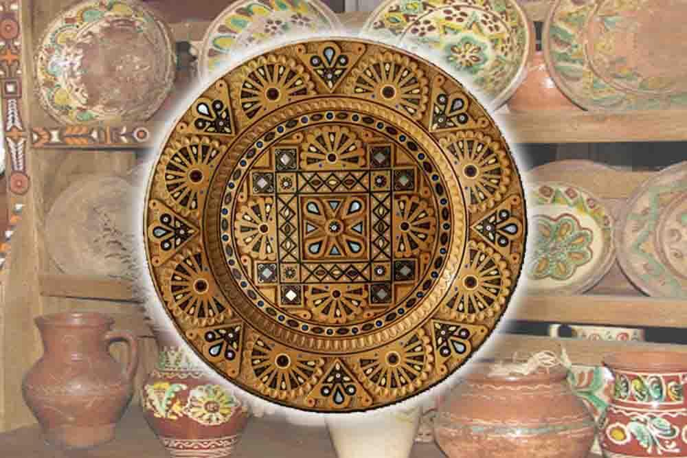 Фото категории Деревянные декоративные подарочные тарелки